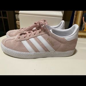 Adidas Gazelle pink suede sneaker youth 3